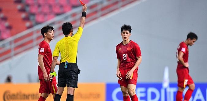 Trần Đình Trọng và thẻ đỏ thứ hai trong sự nghiệp quốc tế